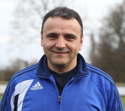 Unser Trainer Zenel Jonuzi